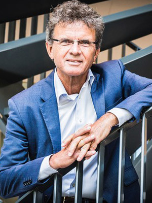 Prof. Frans Kok
