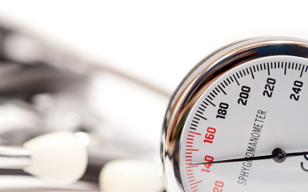 Does reducing alcohol consumption help control hypertension? A Cochrane review